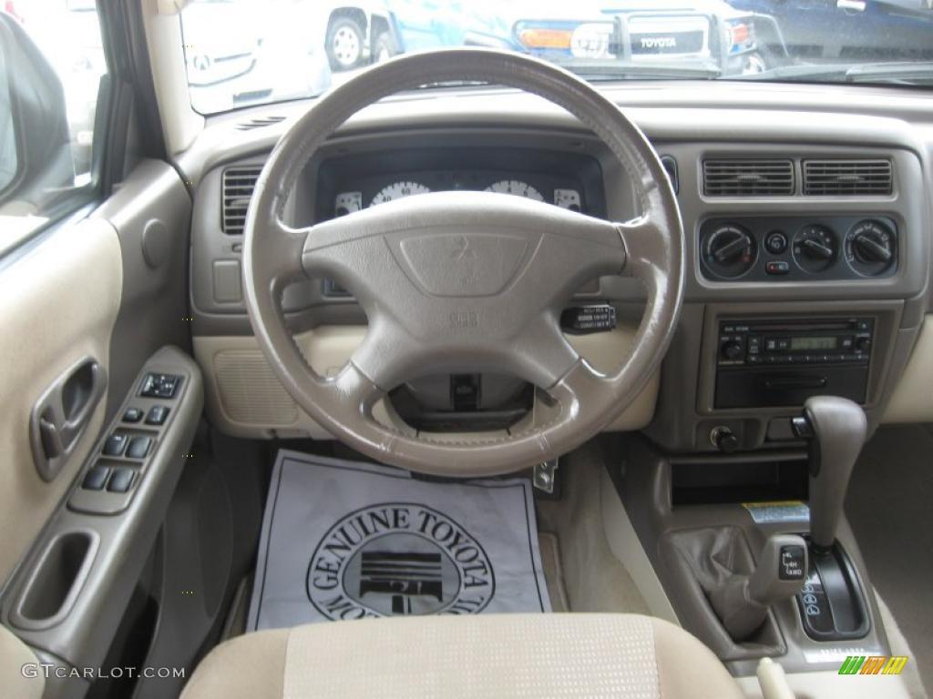 Tan interior 2002 mitsubishi montero sport xls 4x4 photo for Mitsubishi montero interior