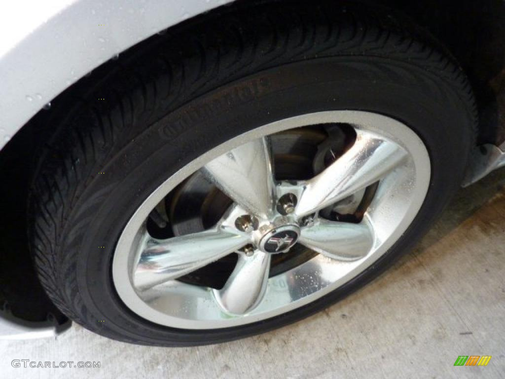 2006 Ford Mustang GT Premium Coupe Wheel Photo #49434373