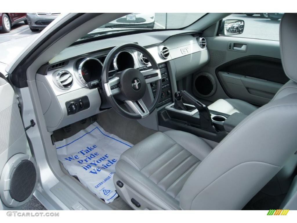 light graphite interior 2007 ford mustang gt premium coupe photo 49498089