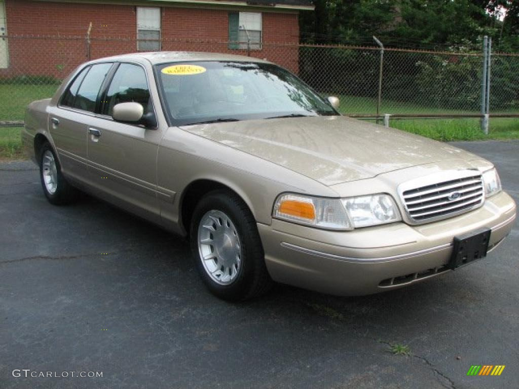 Copyright © 2001 2016 En Fordclub Eu  Ford Club All Rights Reserved in addition 1998 Lincoln Town Car Rear Suspension Diagram in addition Custom Crown Victoria in addition Windshield Wiper Motor Linkage together with 1995 Ford Crown Victoria. on 2001 ford crown victoria