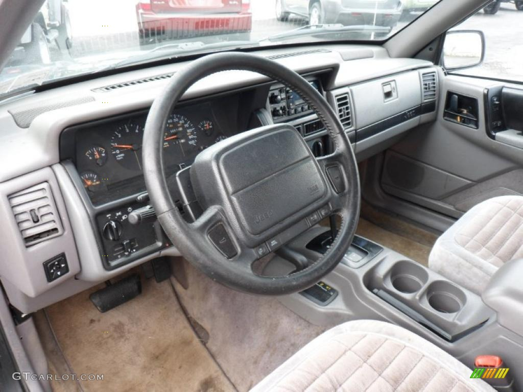 1995 jeep grand cherokee se 4x4 interior photo 49542413 1993 jeep grand cherokee interior