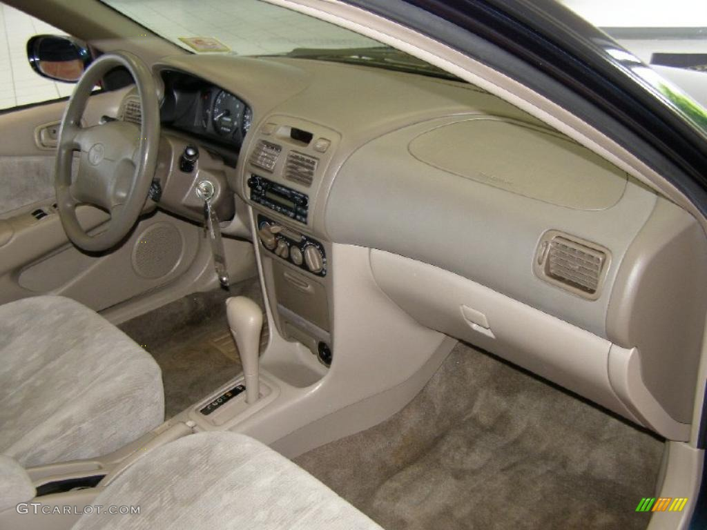 Pebble beige interior 1999 toyota corolla le photo for Interior toyota corolla