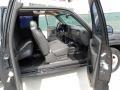 Dark Charcoal Interior Photo for 2004 Chevrolet Silverado 1500 #49549844