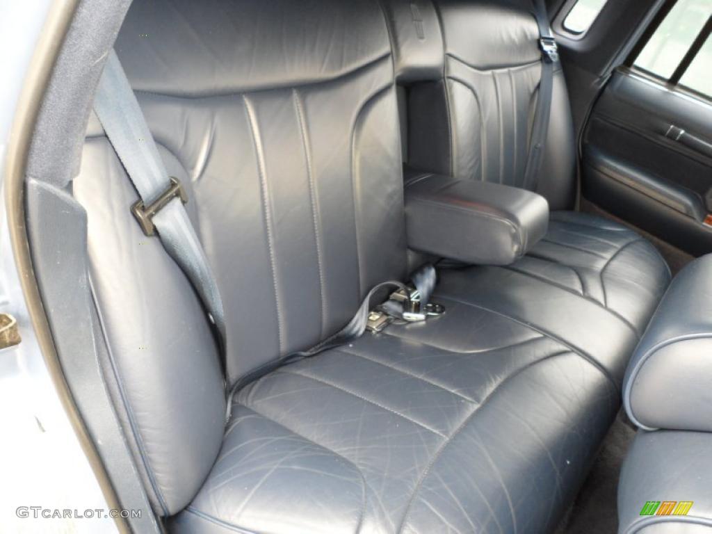 1994 Lincoln Town Car Signature Interior Photo 49591561