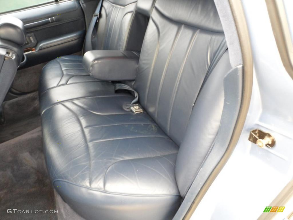 blue interior 1994 lincoln town car signature photo 49591588. Black Bedroom Furniture Sets. Home Design Ideas