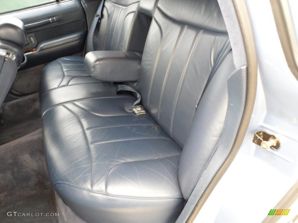 blue interior 1994 lincoln town car signature photo 49591588. Black Bedroom Furniture Sets. Home Design Ideas