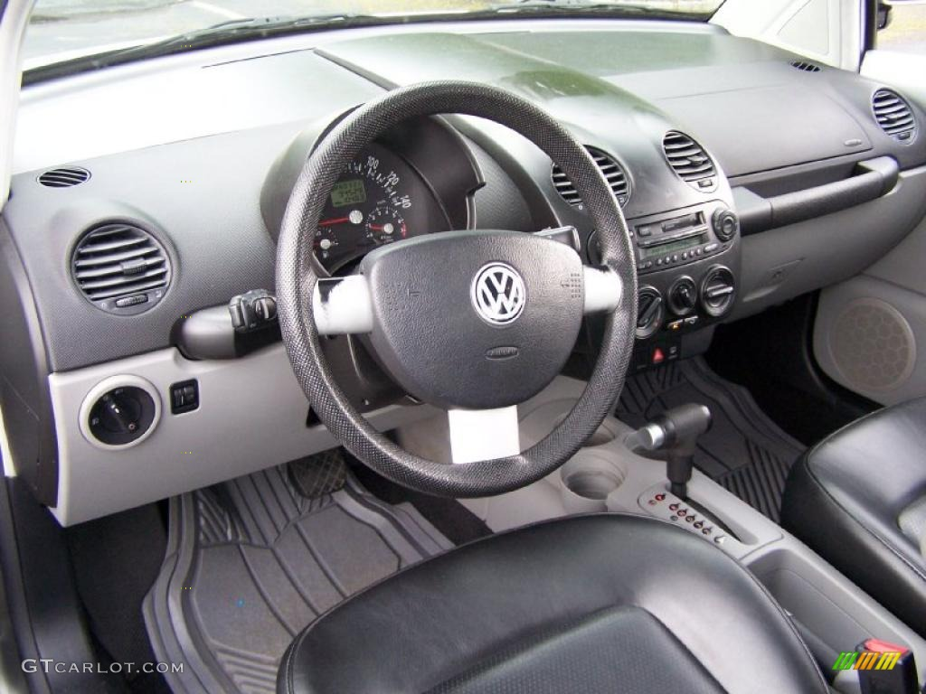 Black interior 2000 volkswagen new beetle gls coupe photo for Interieur new beetle 2000