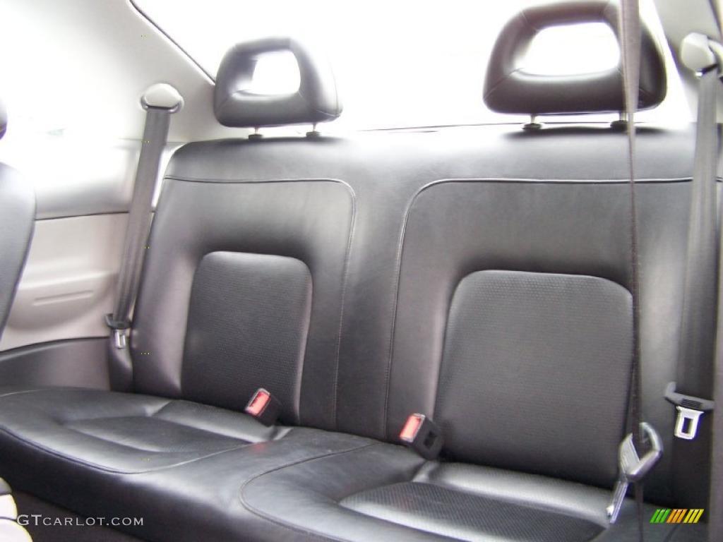 Black Interior 2000 Volkswagen New Beetle Gls Coupe Photo 49603261