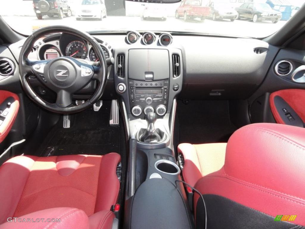 2010 Nissan 370Z 40th Anniversary Edition Coupe 40th Anniversary Red ...