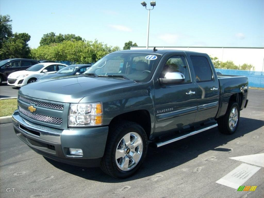 2008 Chevy Silverado Colors