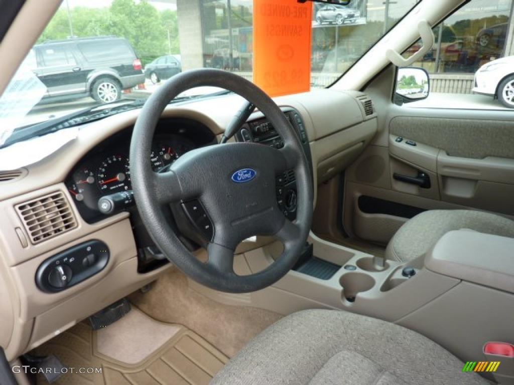 Medium Parchment Interior 2005 Ford Explorer XLS 4x4 Photo