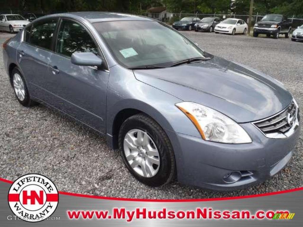 Ocean Gray Nissan Altima