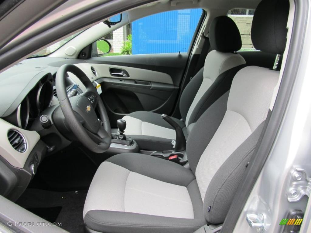 Jet Black Medium Titanium Interior 2011 Chevrolet Cruze Ls Photo 49699696