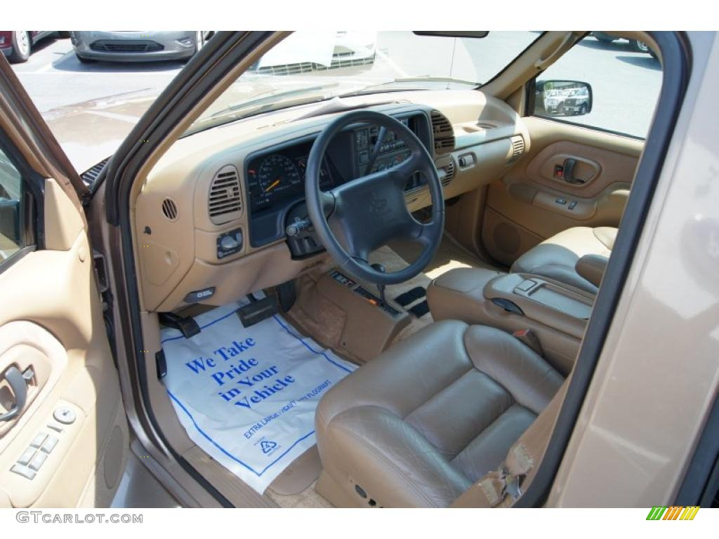 1995 Chevrolet Suburban K1500 LT 4x4 Interior Photos