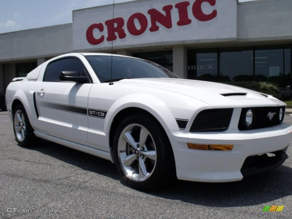 2007 Mustang GT/CS California Special Coupe - Performance White / Black/Dove Accent photo #1