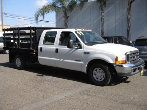 1999 Ford F350 Super Duty XL Crew Cab Chassis Stake Truck Data, Info and Specs