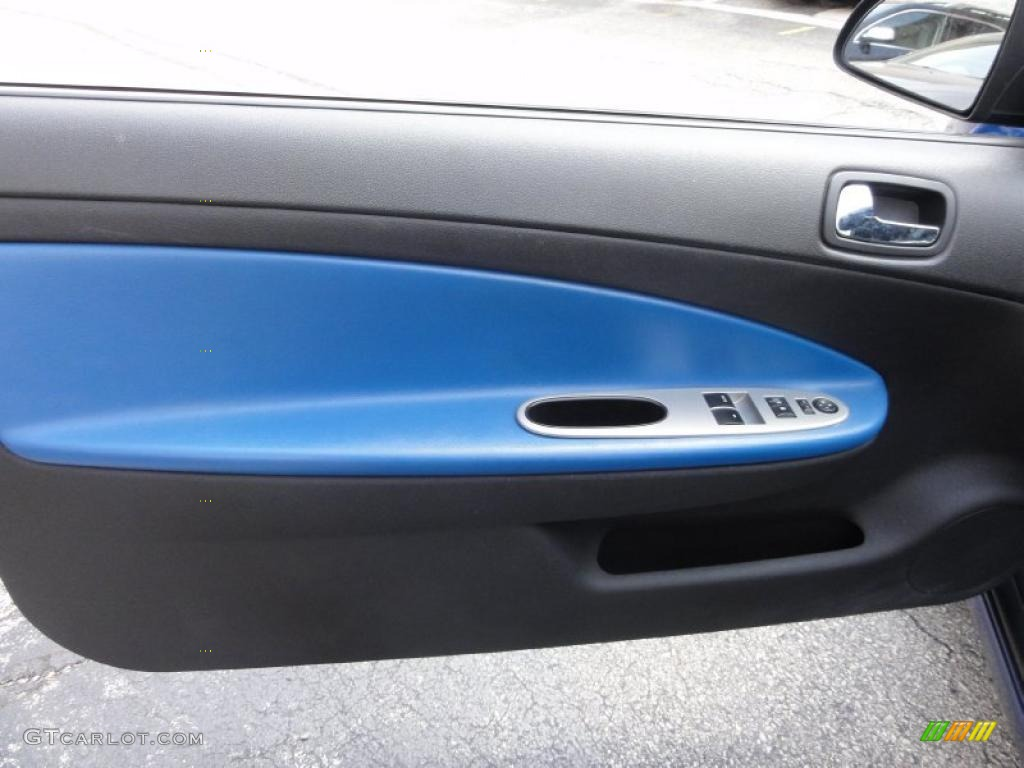 2005 Chevrolet Cobalt SS Supercharged Coupe Ebony/Blue Door