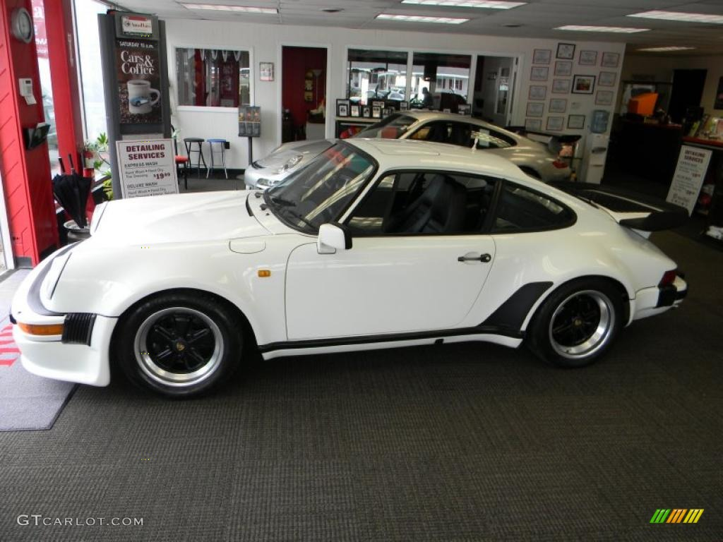grand prix white 1980 porsche 911 turbo coupe exterior photo 49775734. Black Bedroom Furniture Sets. Home Design Ideas