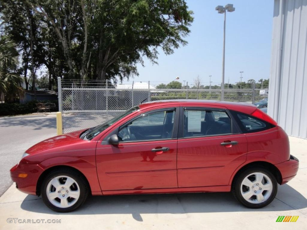 Sangria Red Metallic 2005 Ford Focus Zx5 Ses Hatchback