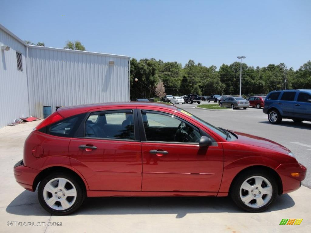 Sangria Red Metallic 2005 Ford Focus Zx5 Ses Hatchback Exterior