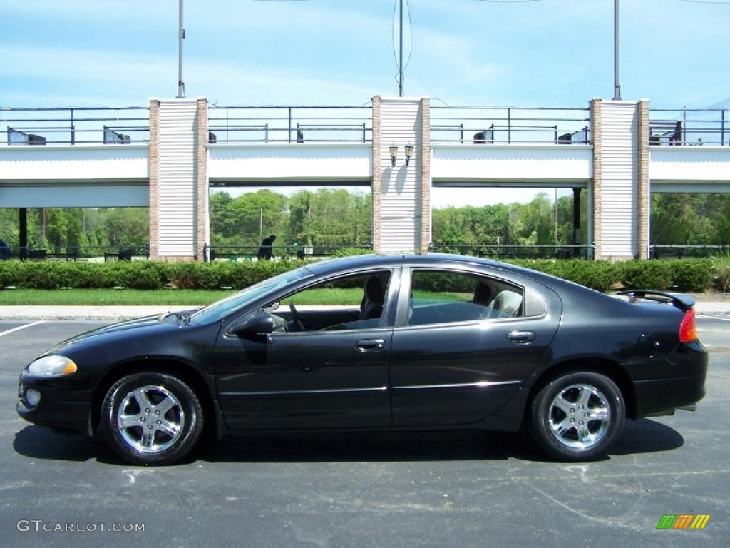 Brilliant Black Crystal Pearl 2003 Dodge Intrepid Sxt
