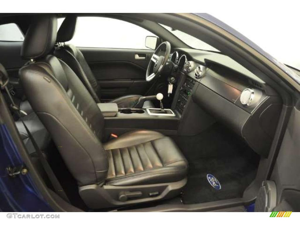 Dark Charcoal Interior 2008 Ford Mustang Gt Premium Coupe Photo 49835805