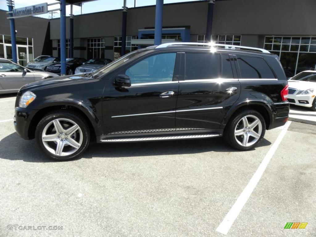Black 2011 mercedes benz gl 550 4matic exterior photo for Mercedes benz gl 500 4matic 2010