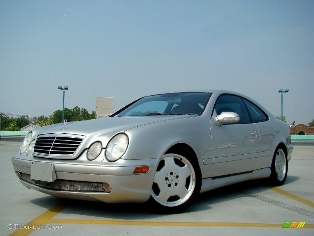 2002 brilliant silver metallic mercedes benz clk 55 amg for Mercedes benz clk 2002