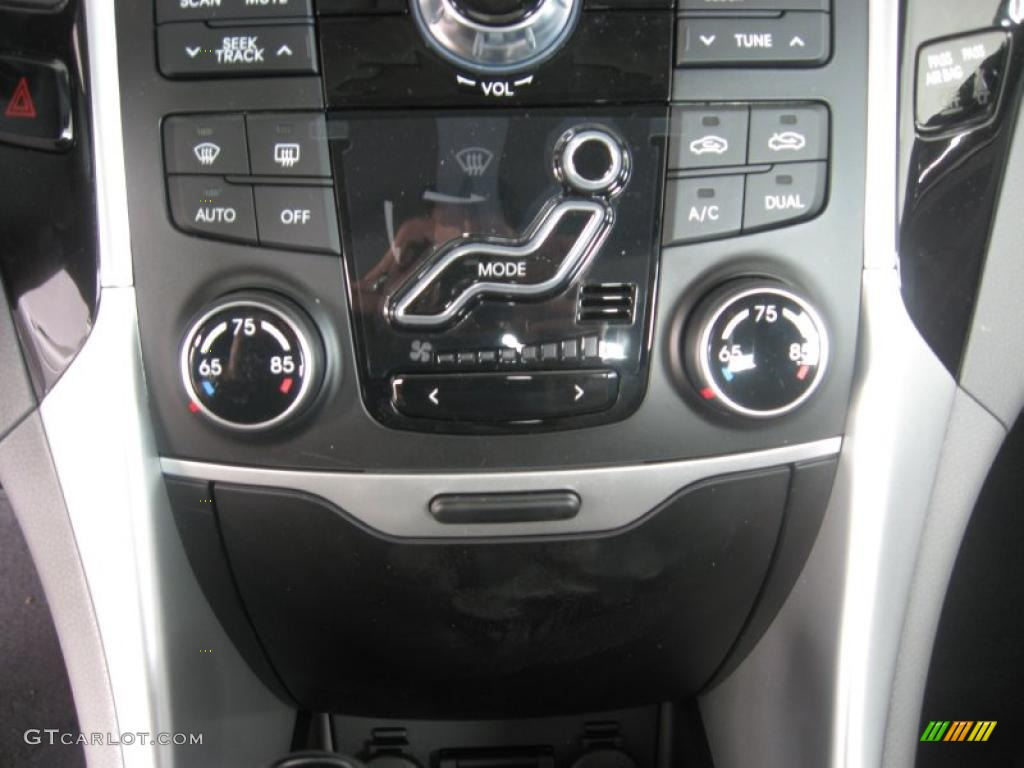 2011 Hyundai Sonata Limited 2 0t Controls Photo 49870022