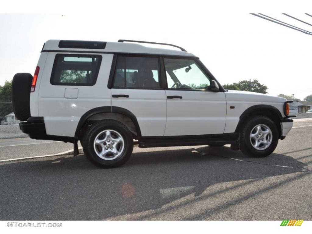 Chawton White 1999 Land Rover Discovery Series Ii Exterior