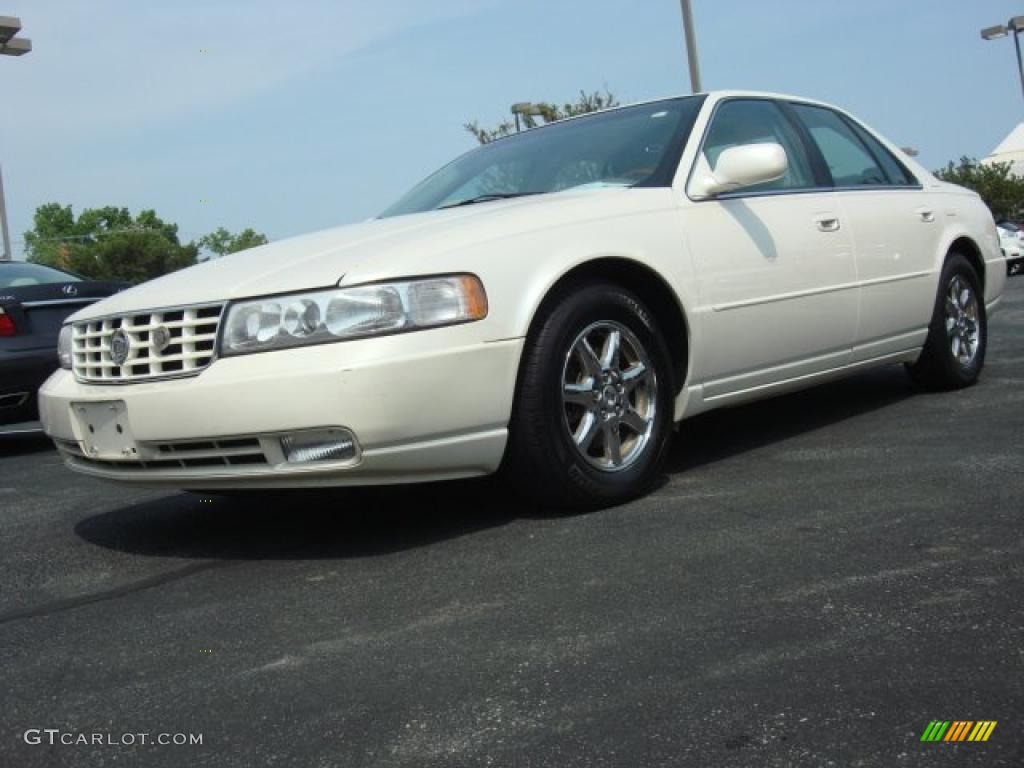 white diamond 1999 cadillac seville sts exterior photo. Black Bedroom Furniture Sets. Home Design Ideas