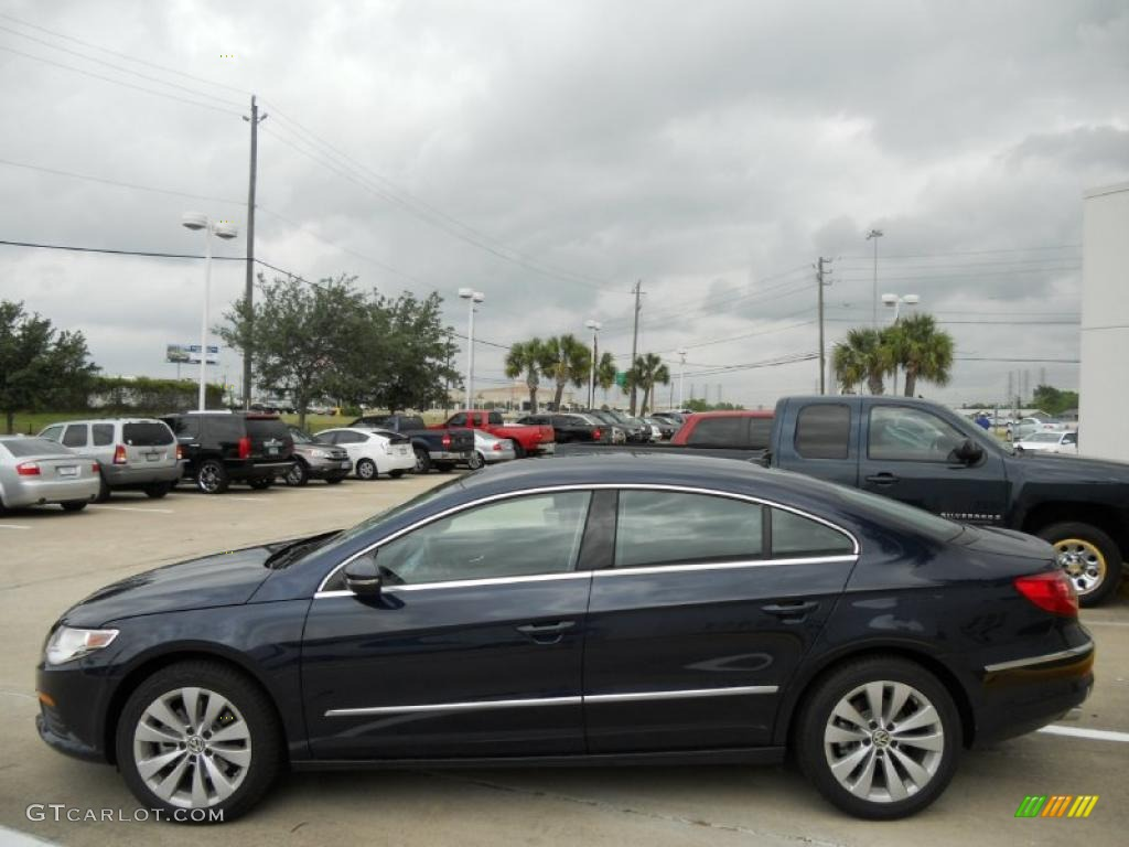 night blue metallic 2012 volkswagen cc sport exterior photo 49891436. Black Bedroom Furniture Sets. Home Design Ideas