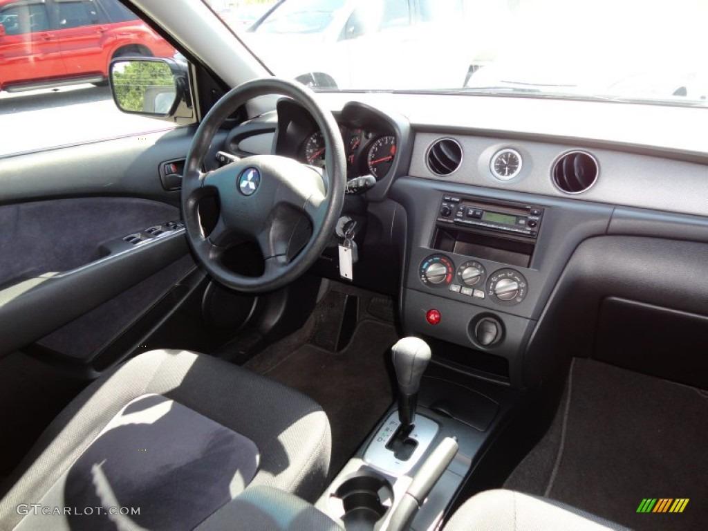 2003 Mitsubishi Outlander LS interior Photo #49905693 | GTCarLot.com