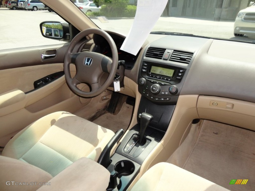 Ivory Interior 2005 Honda Accord Dx Sedan Photo 49912086