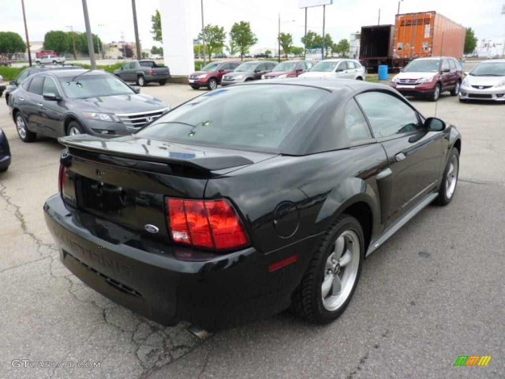 2002 Mustang GT Coupe - Black / Medium Graphite photo #4