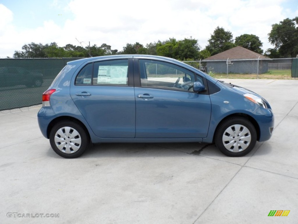 Bayou Blue Pearl 2011 Toyota Yaris 5 Door Liftback Exterior Photo 49946669