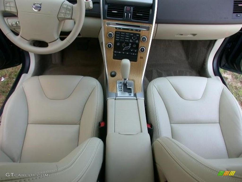 Sandstone Interior 2010 Volvo Xc60 3 2 Photo 49957733