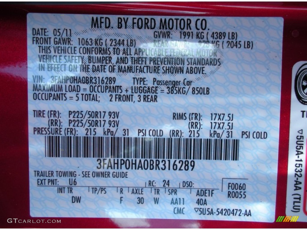 2011 Fusion SE - Red Candy Metallic / Charcoal Black photo #13