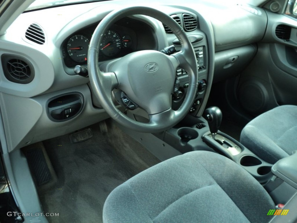 Gray Interior 2001 Hyundai Santa Fe Gls V6 Photo 49991317
