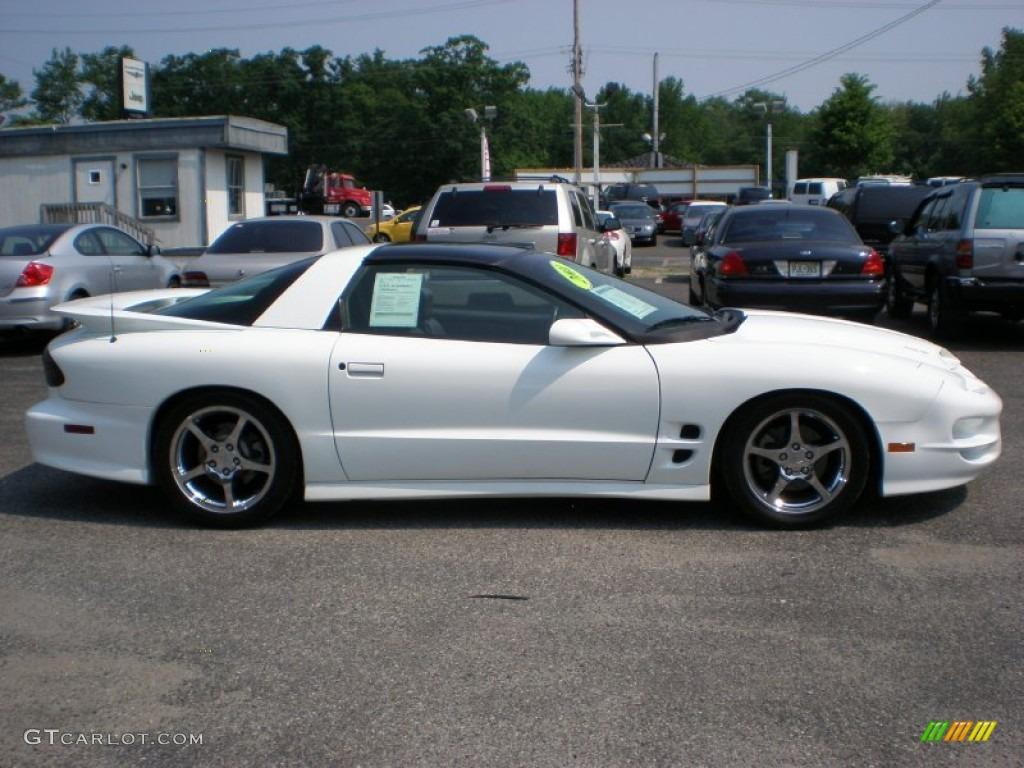 arctic white 2001 pontiac firebird trans am coupe exterior photo 50004247. Black Bedroom Furniture Sets. Home Design Ideas