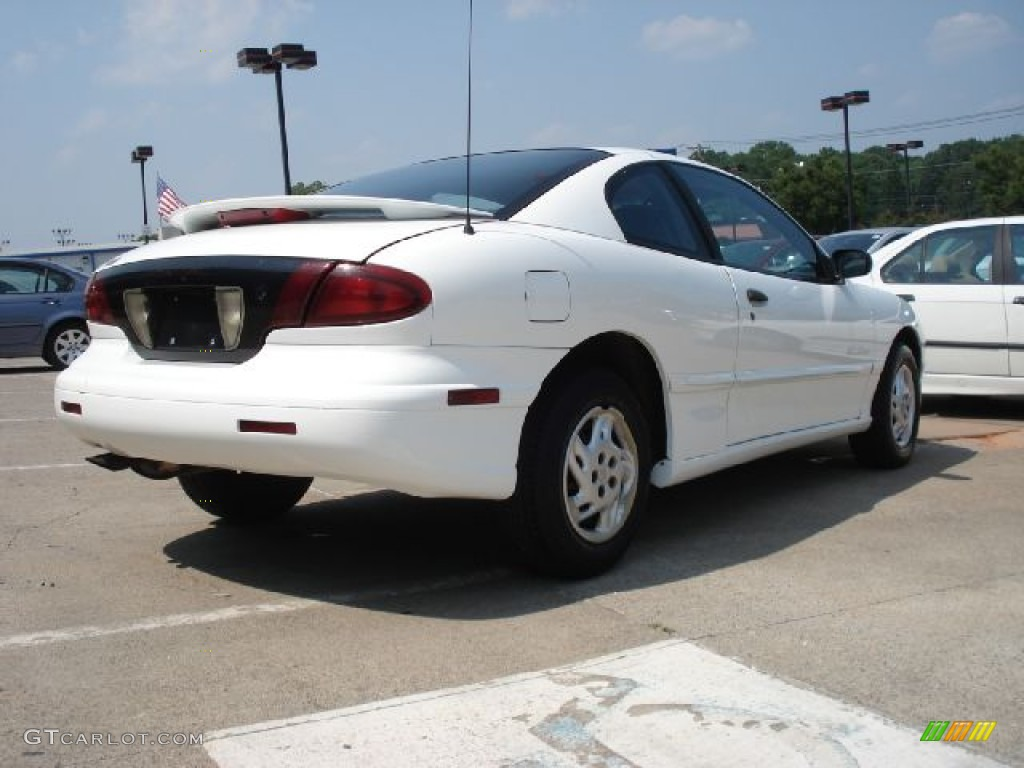 1998 Bright White Pontiac Sunfire Se Coupe 50037505 Photo 3 Gtcarlot Com Car Color Galleries