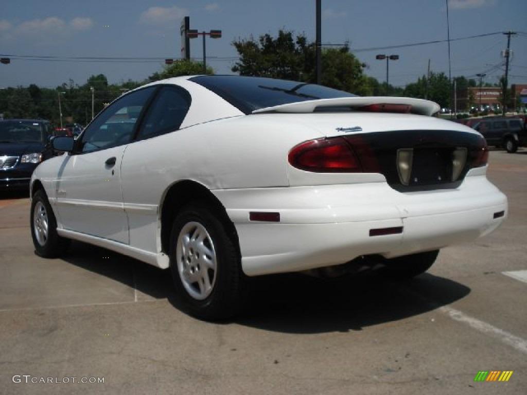 1998 Bright White Pontiac Sunfire Se Coupe 50037505 Photo 5 Gtcarlot Com Car Color Galleries