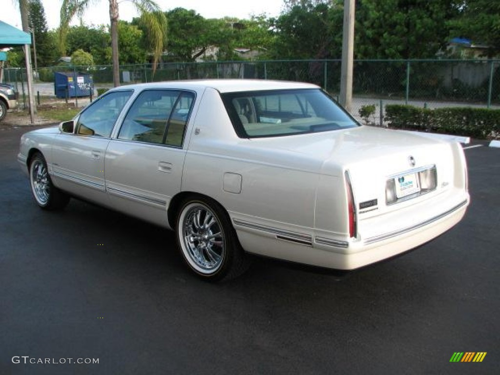White Diamond 1997 Cadillac Deville Sedan Exterior Photo