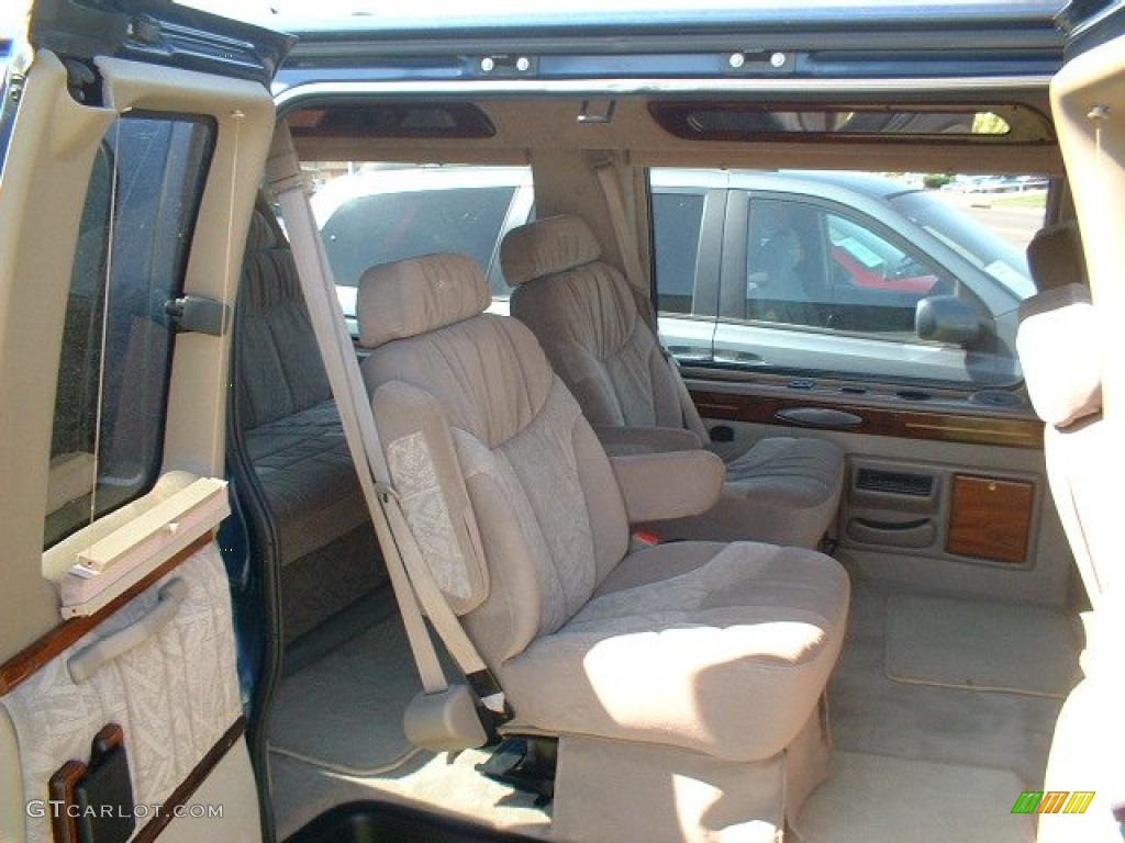2000 Chevrolet Express G1500 Passenger Conversion Van Interior Photo 50181905