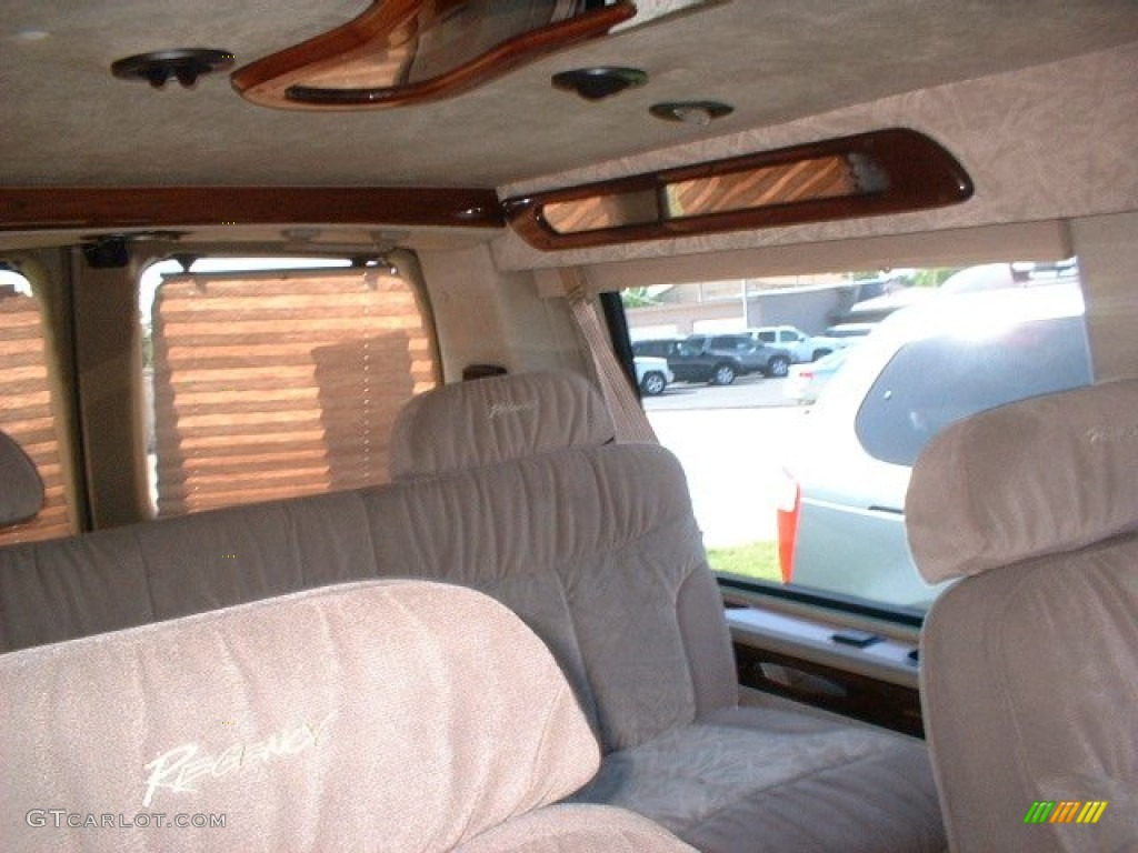 2000 Chevrolet Express G1500 Passenger Conversion Van Interior Photo 50181926