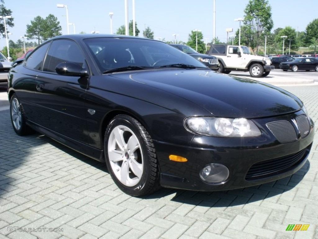 Interior Vehicle Paint Neutral Interior 2004 Chevrolet
