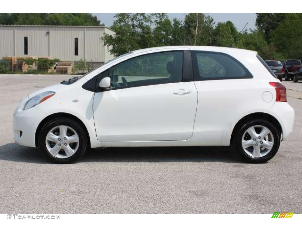 polar white 2008 toyota yaris 3 door liftback exterior photo 50234893. Black Bedroom Furniture Sets. Home Design Ideas