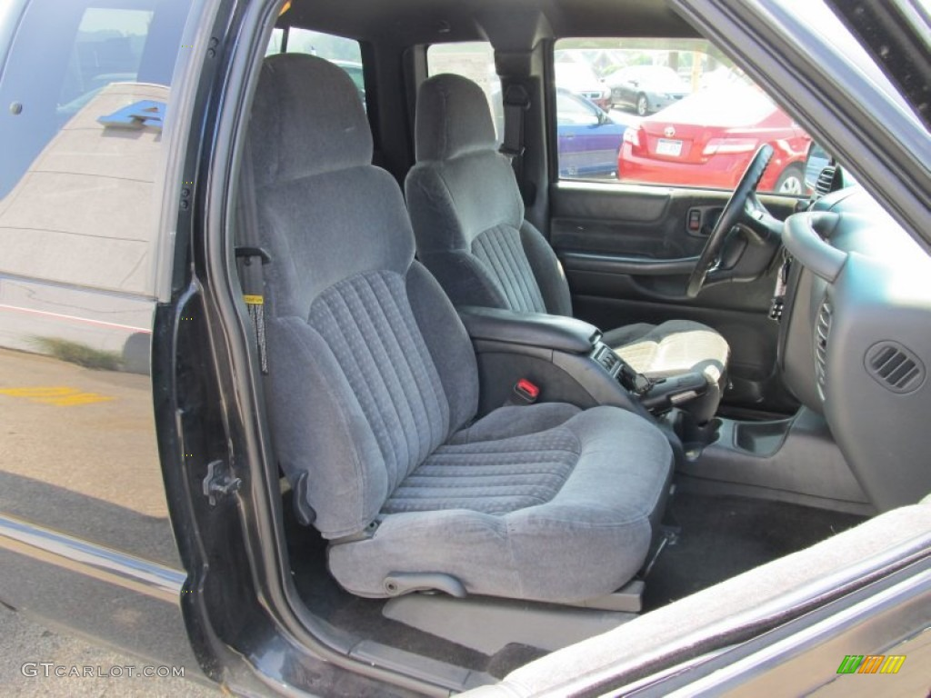 Interior 20Color 50272341 also Interior furthermore Interior 40080299 additionally Transmission 38189588 besides Post Pics Of Your Xtreme Or Zq8 492191. on 1997 s10 extended cab
