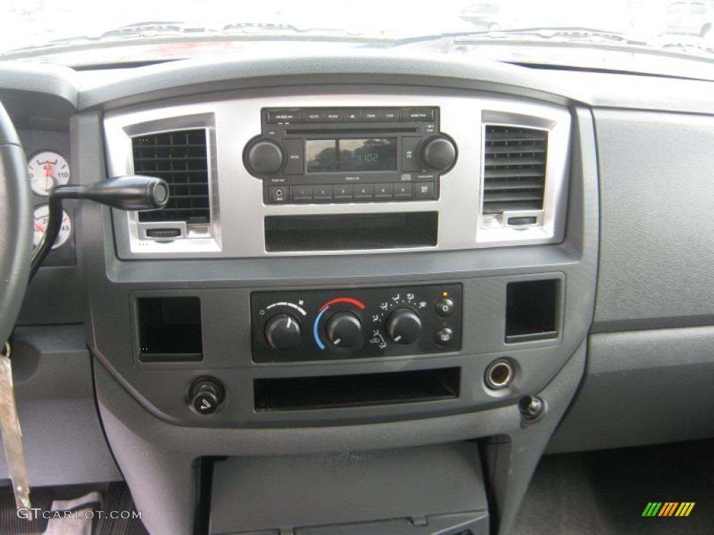 2007 Dodge Ram 3500 Lone Star Quad Cab Dually Controls Photos