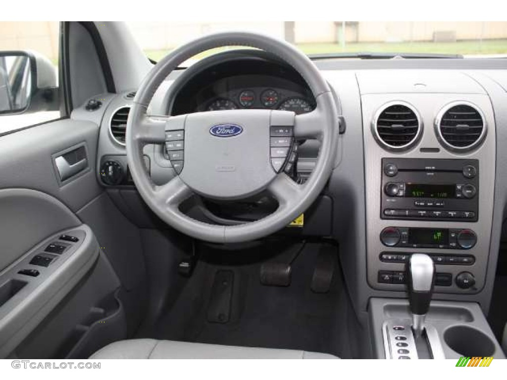2006 Ford Freestyle Sel Shale Grey Dashboard Photo 50340563